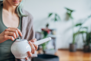 How to Use a Neti Pot Safely